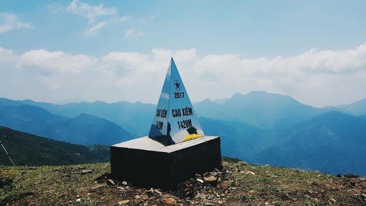 Cao Ba Lanh - lên núi tận mắt chiêm ngưỡng
