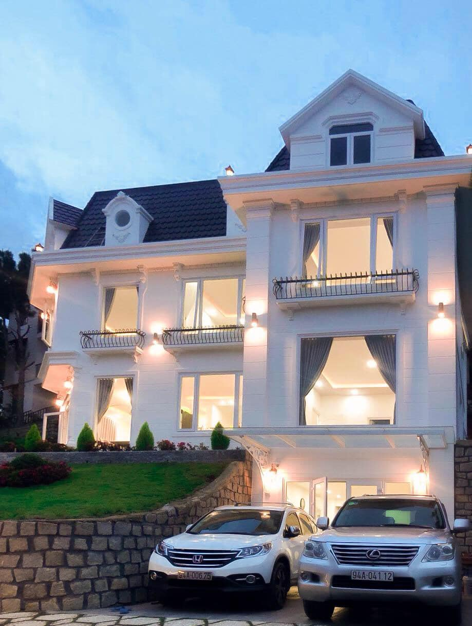 62 Biệt thự villa Đà Lạt giá rẻ view đẹp gần chợ trung tâm có hồ bơi
